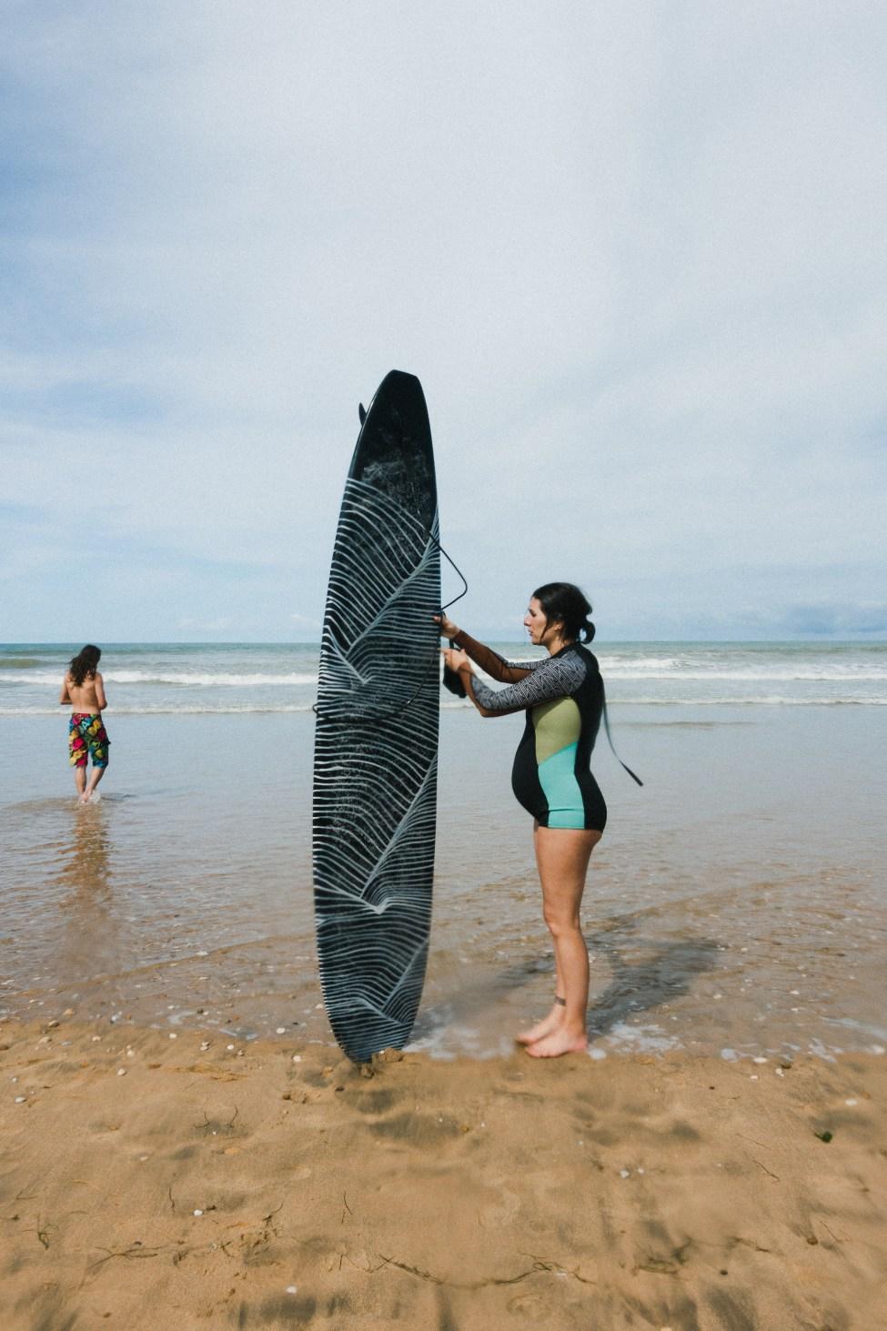 Surf The Minimalist Wave