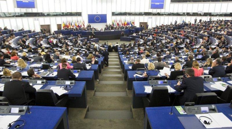 Europee, gli ultimi sondaggi: frenano i partiti europeisti, Italia dominata dagli euroscettici. Il M5s recupera sul Pd