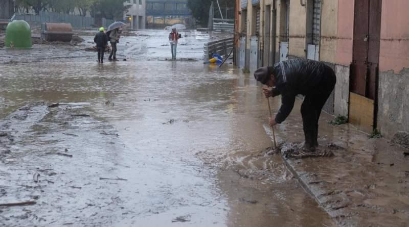 Maltempo: allagamenti a Genova. Allerta rossa anche in Piemonte
