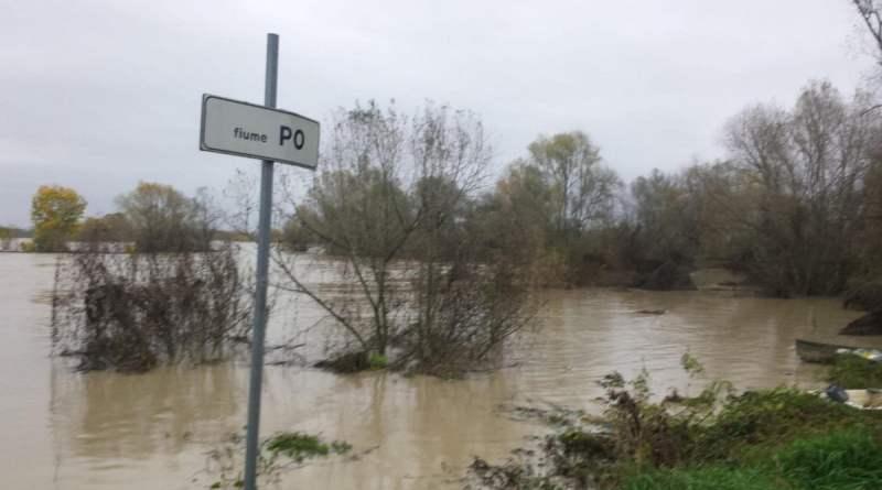 Maltempo, riaperta l'A 21. Allerta per il Po a Cremona, il Ticino esonda a Pavia