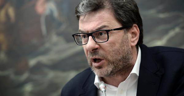 Matteo Salvini e il governo ombra: Giancarlo Giorgetti gioca un ruolo chiave, chi sono gli altri