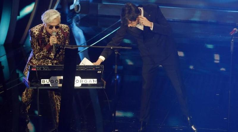 """Sanremo 2020, Morgan a Bugo: """"Grazie a me sei su questo palco"""". E la coppia scoppia"""