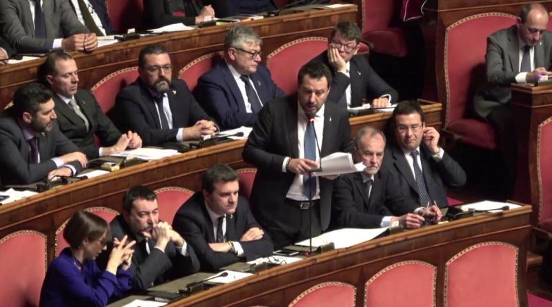 Salvini attacca di nuovo Repubblica: 'Cancellarmi? Ho dovuto rassicurare mia figlia'