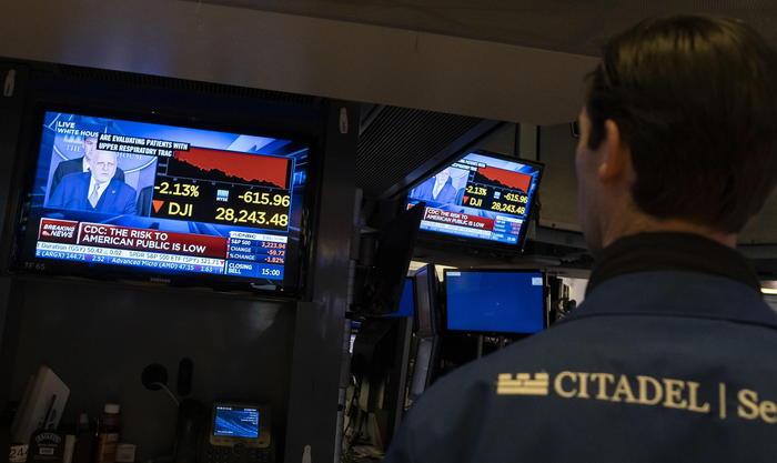 Borsa Tokyo, apertura in ribasso (-0,14%