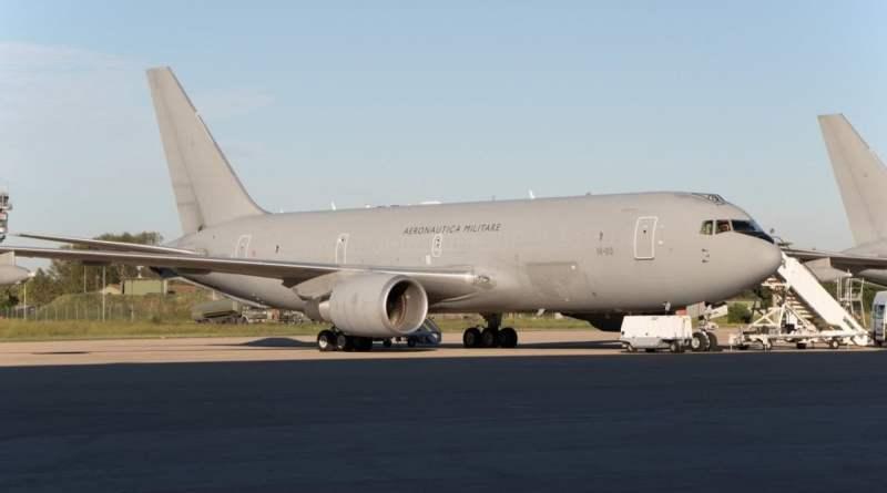 Coronavirus: il viaggio di Niccolò dalla Cina, da solo nel ventre del Boeing militare
