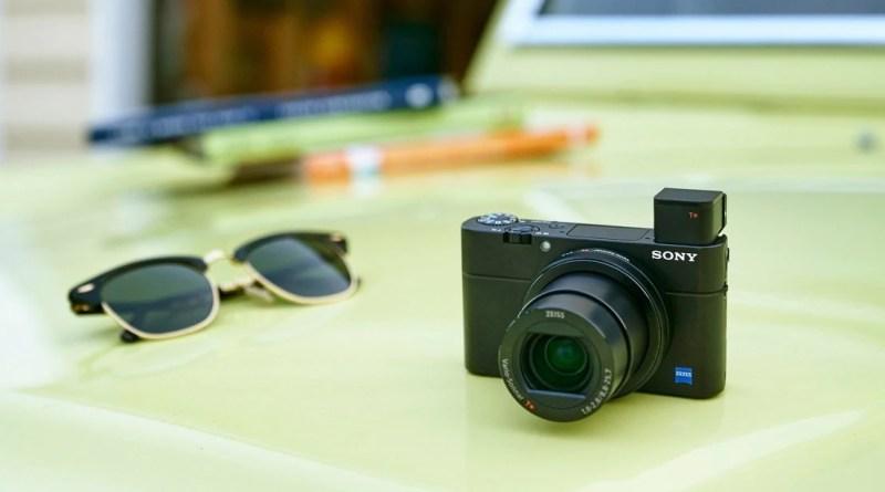 Che offerta per Sony DSC-RX100M4! Una fotocamera digitale potente in un piccolo corpo