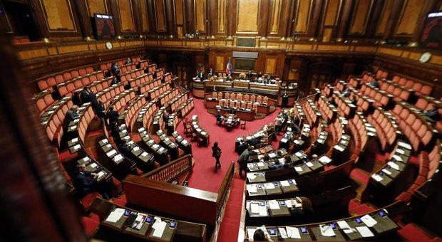 """Crisi di governo, Pd: 7 renziani pronti a tornare da noi. E i """"responsabili"""" trattano pure con Iv"""