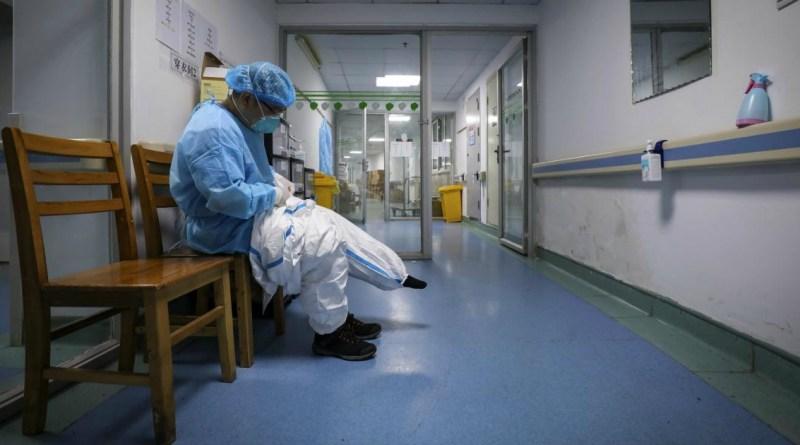 Coronavirus, contagiato 38enne italiano: cenato con collega tornato da Cina