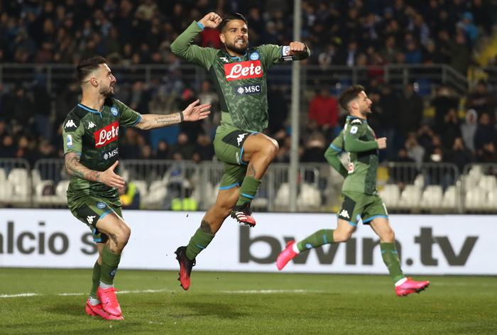 Brescia-Napoli 1-2, partenopei 'vedono' Europa