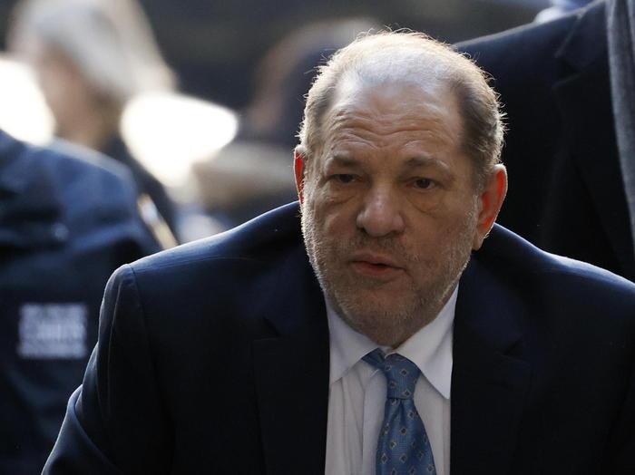 Weinstein colpevole di stupro