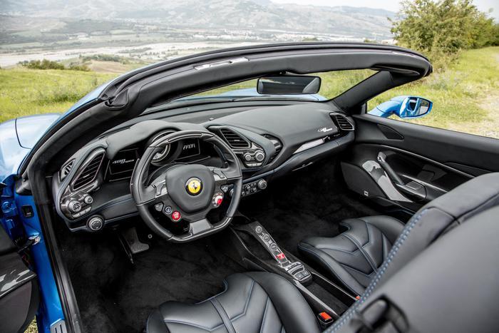 Girava in Ferrari ma percepiva il reddito di cittadinanza – Attualità – ANSA.it
