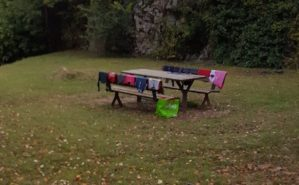 Il parco delle Coste usato come lavanderia