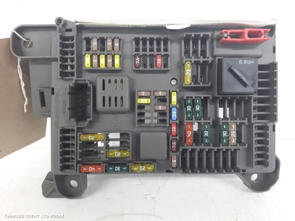 medium resolution of volvo s40 passenger fuse box
