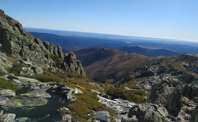 Subida al pico Ocejón. Escapada en vertical por la ruta de los pueblos negros