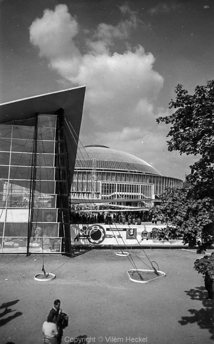 Exhibition-of-Czechoslovak-Engineering-1956-17