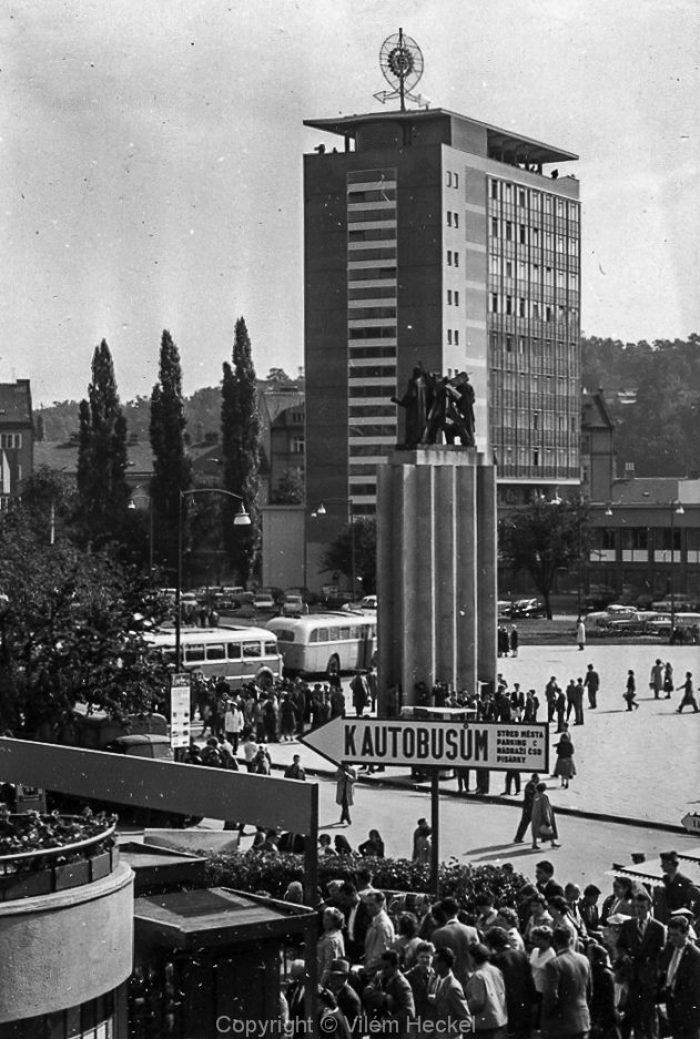 Exhibition-of-Czechoslovak-Engineering-1956-35