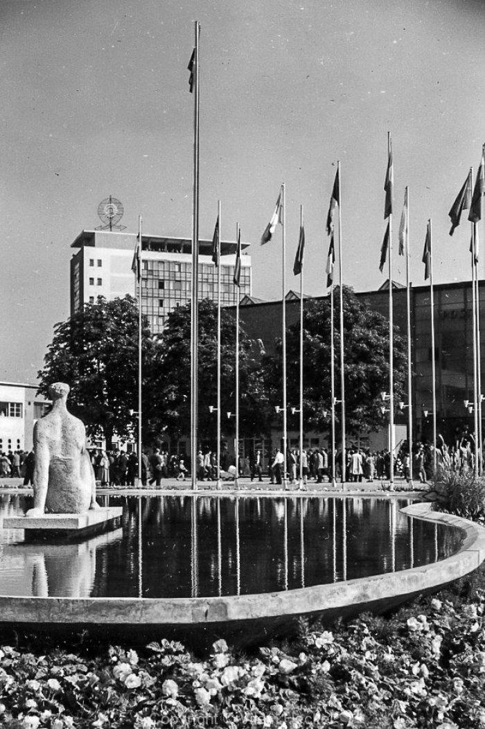Exhibition-of-Czechoslovak-Engineering-1956-42