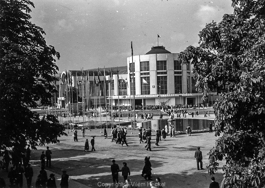 Exhibition-of-Czechoslovak-Engineering-1956-47