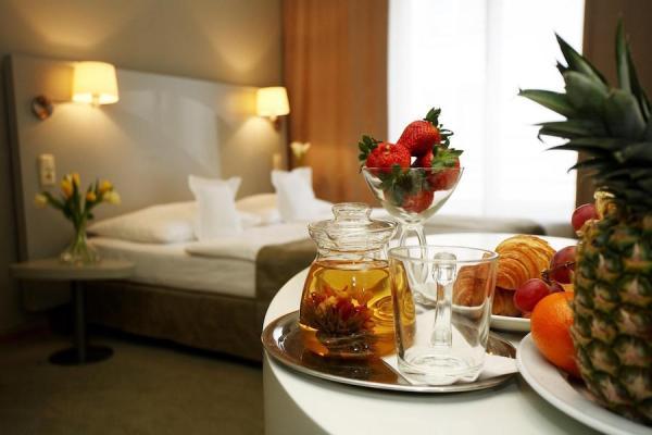 grandhotel pupp tres bohemes. Black Bedroom Furniture Sets. Home Design Ideas