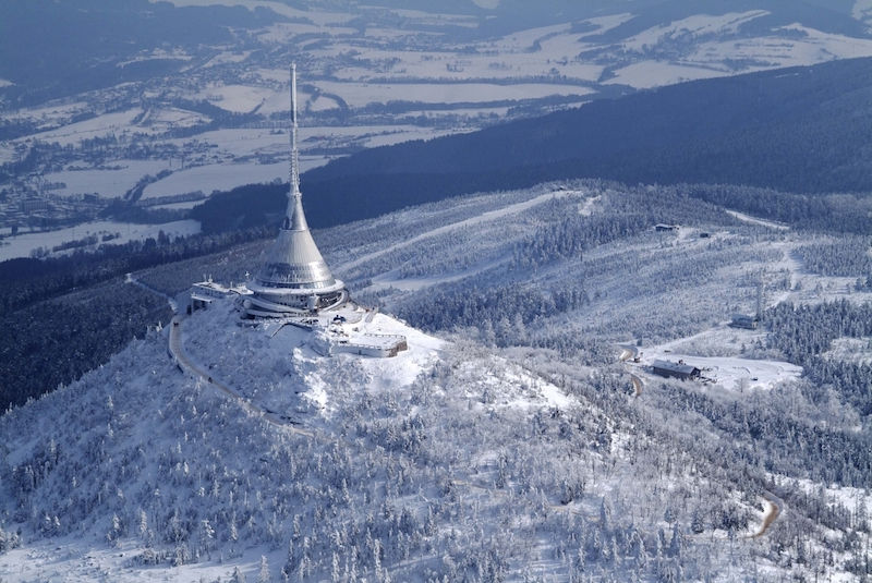 The-Ještěd-Tower-Tres-Bohemes-1