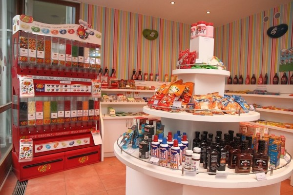 The-Candy-Store-Tres-Bohemes-3