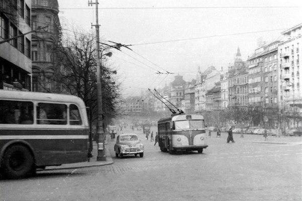 The-Forgotten-Trolleybuses-of-Prague-Tres-Bohemes-3