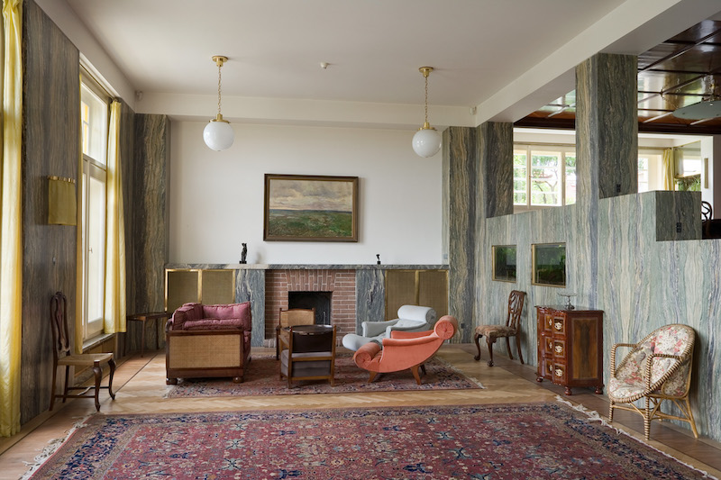 The-Prague-Villa-That-Became-a-Landmark-of-Modern-Architecture-Tres-Bohemes-7