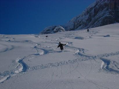 Bellissime serpentine in una fantastica neve.