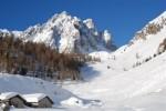 Le Malghe Varicla 1606 m il Pizzo Camino 2491 m.