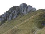 Le caratteristica conformazione della roccia del Generoso.