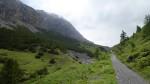La salita che porta al Passo Alpisella.