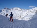 Lorenzo alla Bocca di Rogna 2401 m con la Cima Rossa 3160 m.