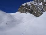 La Bocca di Rogna versante S con bella neve.