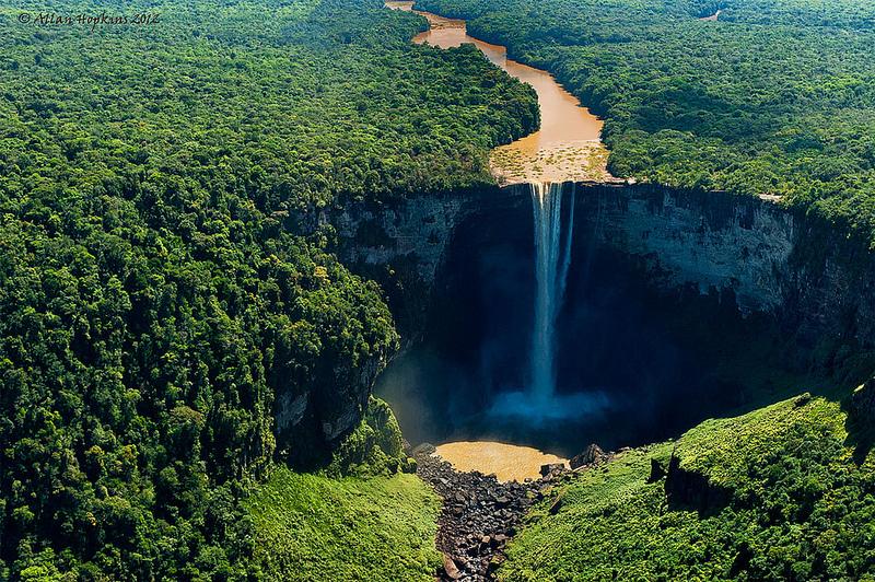 Guyana Wallpaper Kaieteur Falls Chutes De Kaieteur Guyana La Plus Belle Cascade Au Monde
