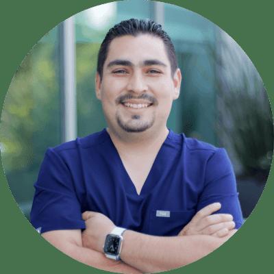 Dr. Alberto Carlos