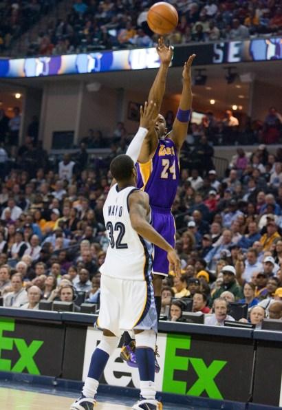 Lakers_Grizz_2010_0595.jpg?fit=1452%2C2112&ssl=1