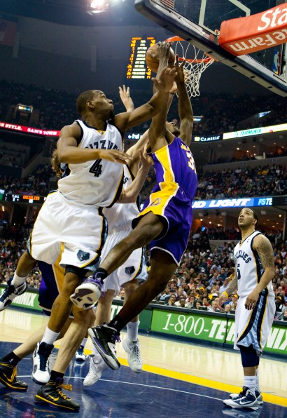 Lakers_Grizz_2010_0849.jpg?fit=1452%2C2112