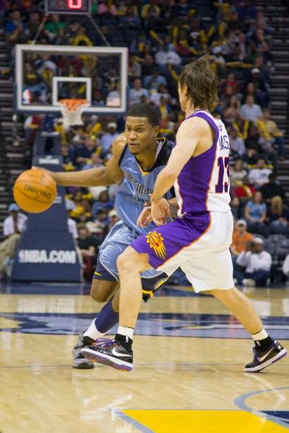 basketballsuns_Trevor_Ruszkowski_16.jpg?fit=660%2C990