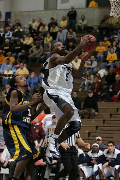 Trevor_Ruszkowski_Photos_basketball_2012_0004.jpg?fit=660%2C990&ssl=1