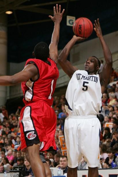 Trevor_Ruszkowski_Photos_basketball_2012_0027.jpg?fit=660%2C990