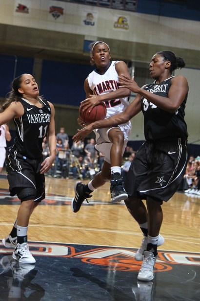 Trevor_Ruszkowski_Photos_basketball_2012_0050.jpg?fit=660%2C990