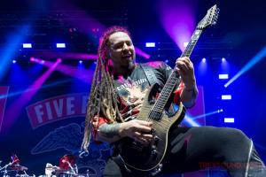 FiveFingerDeathPunch-Olympia-04122017-5