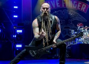 FiveFingerDeathPunch-Olympia-04122017-7