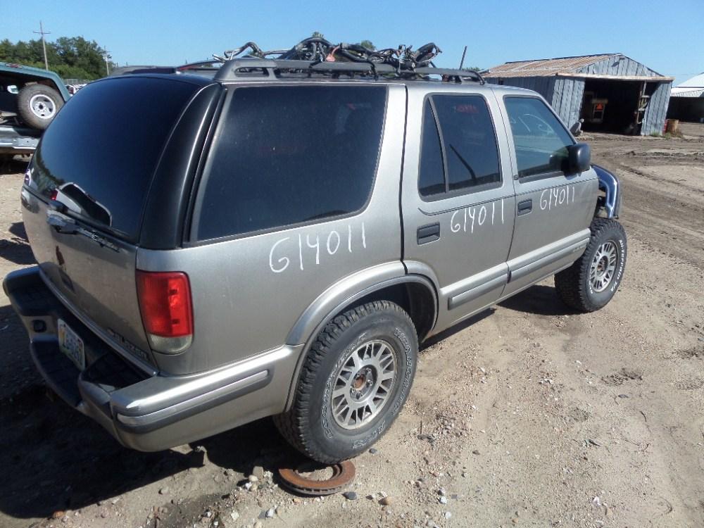 medium resolution of 1999 chevy s10 blazer g14011