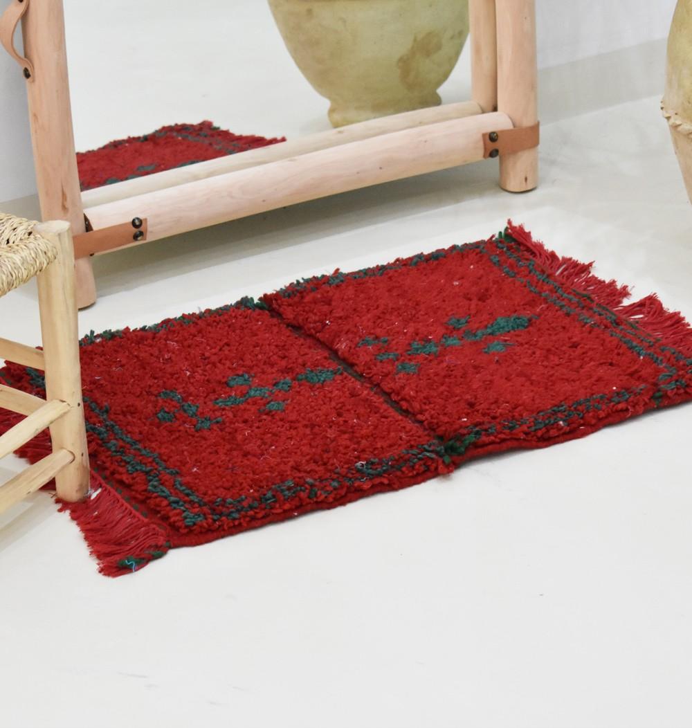 small red berber carpet tribaliste com