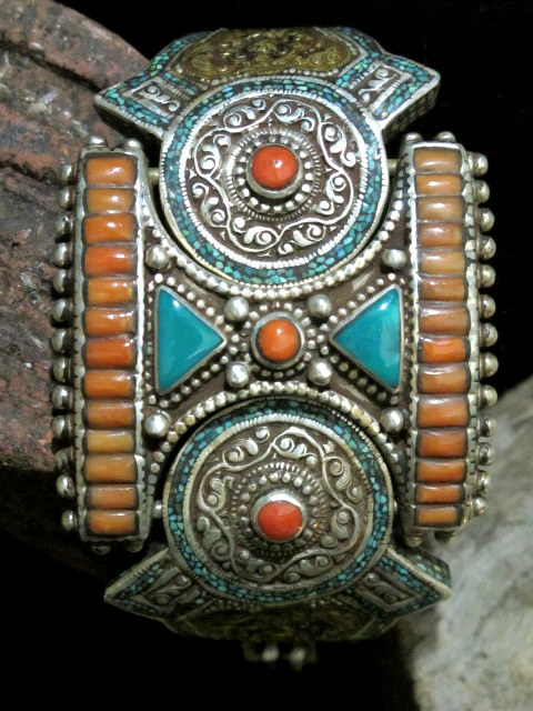 Old Tibetan Tribal Jewelry Articulated Bracelet  Collectible