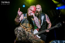 Five FInger Death Punch and Papa Roach_2015_42Adrian Sailer