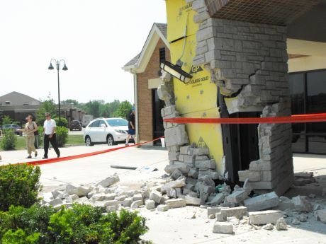84yearold crashes car into Glenview Post Office