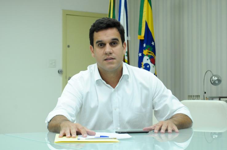 Gastança: Rafael Diniz gasta mais R$ 100 mil em som; dono de empresa financiou sua campanha