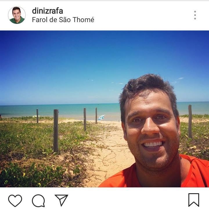 Rafael Diniz curte o mar do Farol